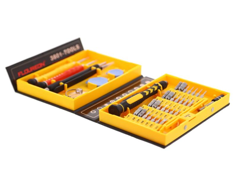 Photographier une caisse à outils en studio