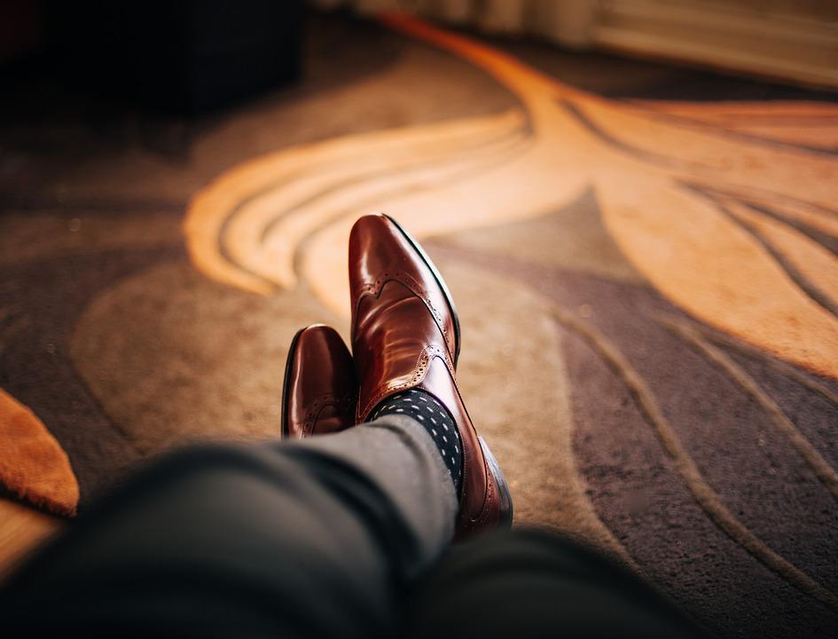 Photographier des chaussures en studio
