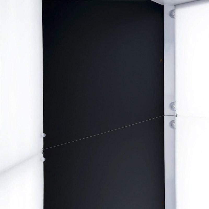 les cotés à l'intérieur d'un studio photo automatisé