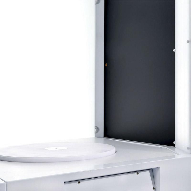 la table tournante que l'on peut ajouter dans un studio photo automatisé