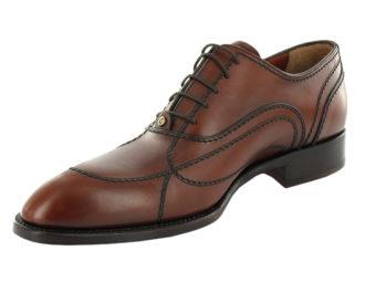 packshot en studio chaussures homme
