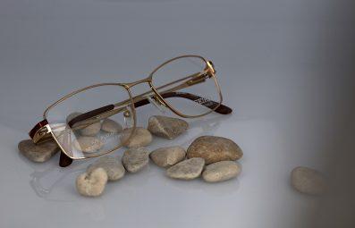 Photographie packshot composition avec lunettes