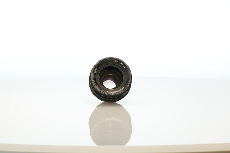 Comment photographier de petits objets en studio ?