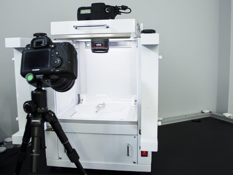 shooting photo de bijoux dans un studio photo automatisé