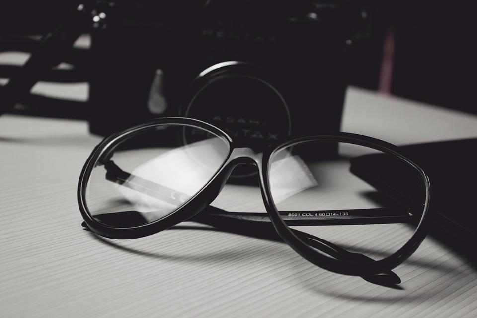 Photographier des lunettes  notre tutoriel photo et nos astuces 7167f7d4b601