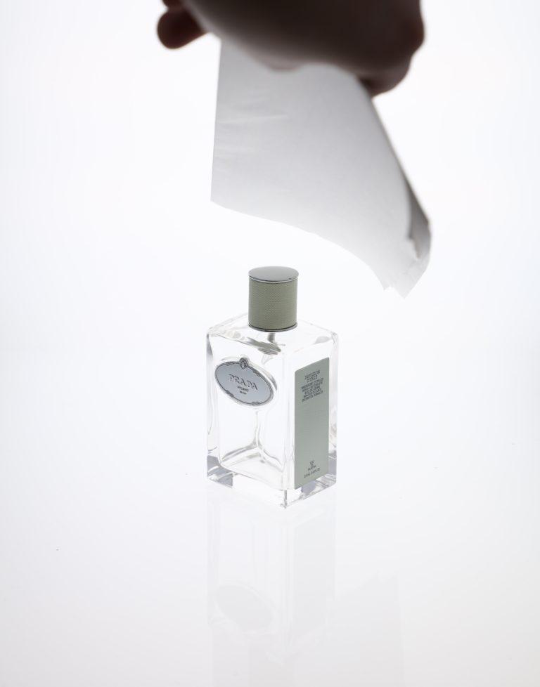 comment photographier un objet transparent sur fond blanc ?