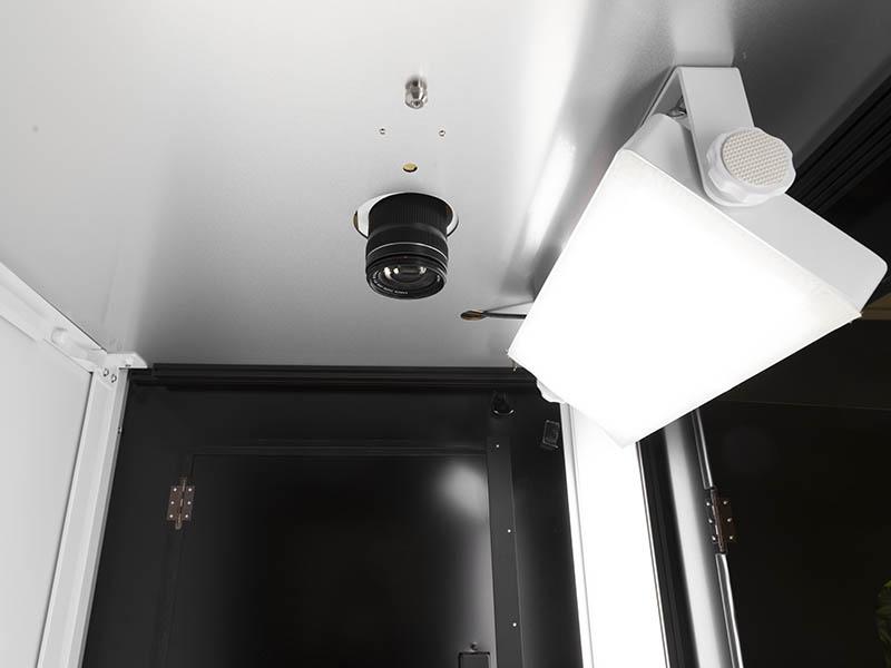 toplight dans un studio photo automatisé