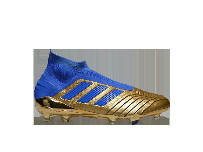 Adidas shoes by PackshotCreator