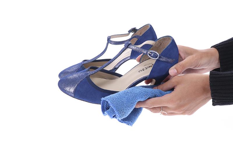 comment nettoyer des chaussures avant un shooting 360°