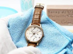 Hoe een horloge schoonmaken